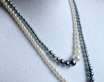 Pearl charm vintage necklace