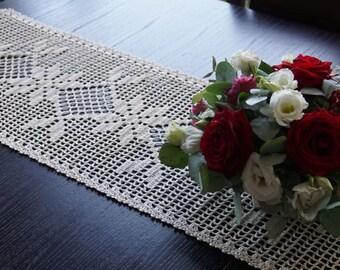Light beige crocheted linen doily 33x155 cm (13x61inches)