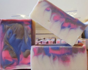 So Lovable Soap / All Natural / Handmade Soap / Cold Process Soap