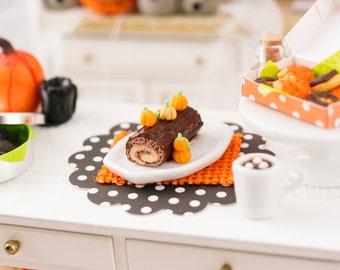 Pumpkin Swiss Roll Cake - 1:12 Dollhouse Miniature