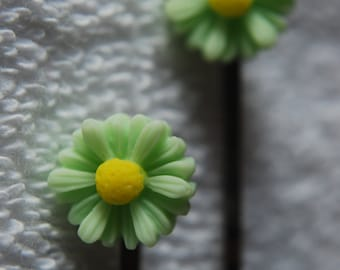 Daisy Hair Clips - Pack of 2 - Green