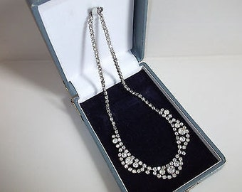 Delightful Vintage 1950's Diamanté Necklace