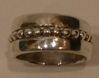 Sterling Silver Band with Silver Bead Center Line