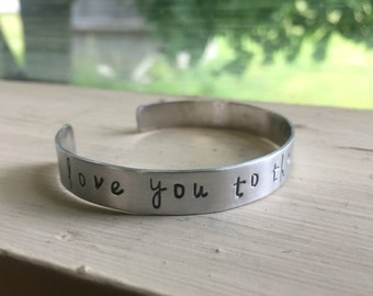 Gift for Mom from Daughter - Silver - For Mom - I love you to the moon and back