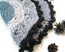 Pet placemat, Small round crochet upcycled rag rug, Gray pet rug, Blue grey car seat cat cats mat, Crocheted pets placemats, Gray cat bed