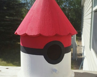 Pokeball Birdhouse