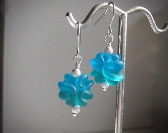 Lampwork Earrings, USA Lampwork Glass Earrings, Aqua Blue Teal Beads, Sterling Silver, Dainty Dangle Earrings