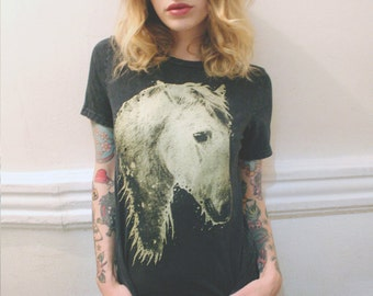 horse t-shirt, horse, mineral was horse t shirt, mineral wash t-shirt, gold horse tee, womens tee, horse t shirt, graphic tee, t-shirt S-XXL