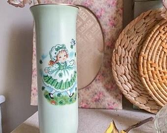 Sweet Vintage 50s Lefton Flower Shamrock Girl Green Bud Vase