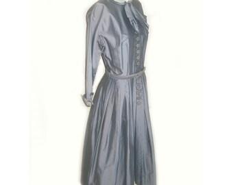 Vintage 1950's L'Aiglon Bow Front Day Dress
