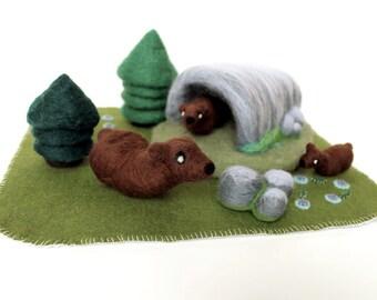 Needle Felted Bear Habitat Woodland Play Set Soft Sculptures - Felt Mother Bear and Cubs Figures - Ready to Ship - Waldorf Art