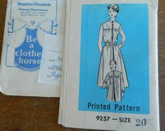 Vintage Newspaper Printed Pattern #9257 Size 20 Womens Dress Pattern, Houston Chronicle