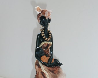 African Mom figurine with music