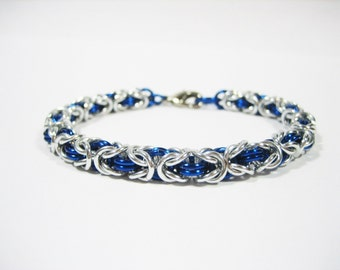 Silver & Blue Byzantine Chainmaille Bracelet - Choose your size!