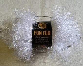 MS006 ~ Fun fur yarn Eyelet yarn White yarn Lion Brand