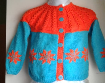 Hand Knit Beautiful 2-Tone Cabled Top snowflakes on bottom and sleeve Cardigan Size 4-5