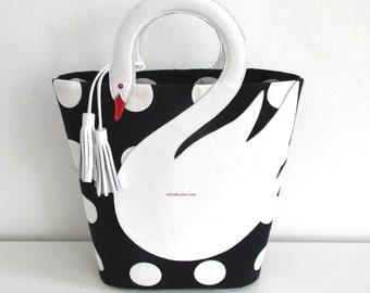 Polka dots white swan bag