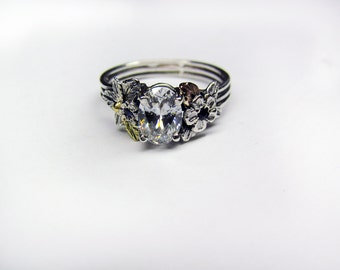 Oval Diamond & 18K Gold Engagement Ring - 1.0 ct