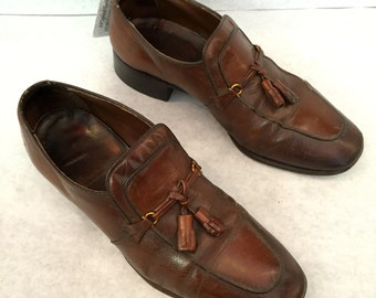 Vintage Loafers Mens Loafers Chestnut Brown Loafers Tassels Size 7.5 Wide Leather Dress Shoes Mens Slip Ons Leather Loafers Brown Slip Ons