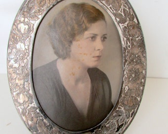 Vintage Silver Plate Oval Picture Frame with Flowers Standing Desk Frame Art Deco Silver Picture Frame Victorian