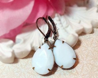 Milk Glass Earrings - Winter White Earrings - Best Christmas Gifts for Women - Victorian Earrings - CAMBRIDGE White