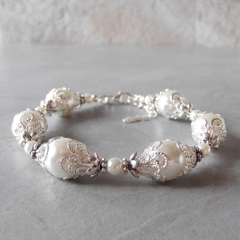 White Pearl Bracelet Brides Bracelet Pearl Wedding Jewelry