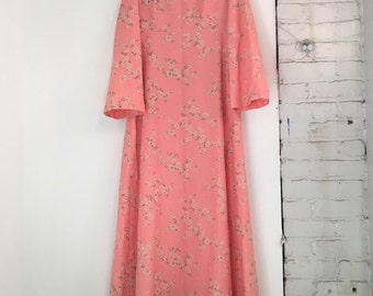 Pink Floral Empire Waist '70s Maxi Dress with Bell Sleeves - Size Large