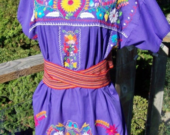 Mexican Dress Embroidered Flowers Violet Purple Beauty size L