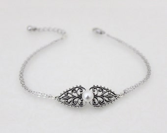 Bridesmaid gift, Wedding jewelry, Bridal bracelet, Silver bangle bracelet, Bridal bangle bracelet, Simple bracelet, Bridesmaid bracelet