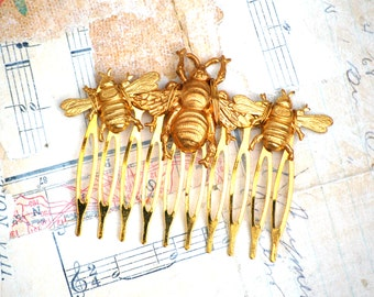 Bee Hair Comb, Gold Bee Hair Comb, Bumblebee Hair Clip, Honeybee Hair Comb, Woodland Wedding, Bridal Hair, Forest Fairy Wedding