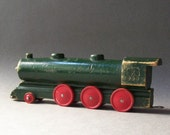 Vintage 5 Car Miniature Wooden Train / Red Green Yellow Vintage Display