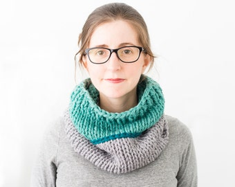 Colorblock Chunky Cowl, Hand Knitted Wool Scarf, Knit Color Block Neckwarmer - Phlox Cowl