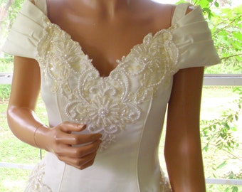 Jessica McClintock of Gunne Sax Style Bridal Gown by Michaelangelo Never Worn
