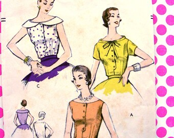 """UNCUT * 1950s  Vogue Pattern 8609   - BEAUTIFUL  Long Torso Over Blouses for Evening  """"easy to make""""  //  Bust 32 * Size 14"""