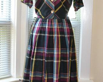 Vintage 50s Dress - Pretty Perfection - Cotton Madras Day Dress - 34/26