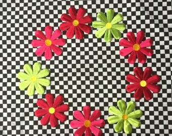 Daisy Patch / 90s Floral Patch / Lime Green Hot Pink Burgundy / Flower Power