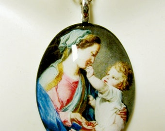 Madonna and Child pendant with chain - GP04-232
