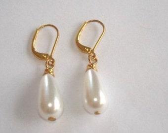 Pearl Dangle Jewelry Earrings