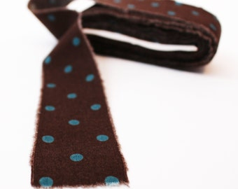 Hand-Stripped Frayed Fabric Ribbon in Polkadot Brown