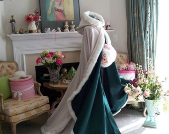 Celtic Green Bridal cape Emerald / Ivory Satin  67-inch with Fur Trim Wedding Cloak Handmade in USA