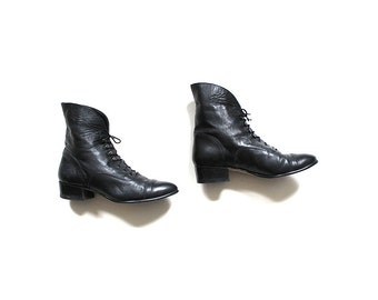 Vintage Ankle Boots 6.5 / Black Leather Boots / Leather Ankle Boots / Cuffed Booties