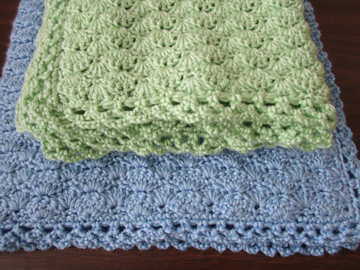 Shells Blanket And Infinity Scarf Easy Crochet Pattern
