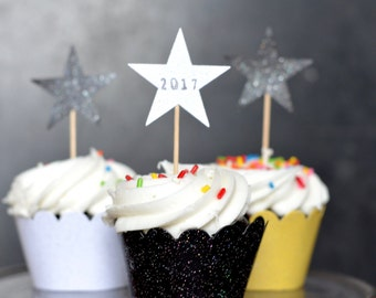 New Year's Glitter Cupcake Wrappers in Black, White, and Yellow sparkle with other colors available