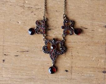 Antique 1910s bohemian garnet necklace ∙ rose cut garnet necklace