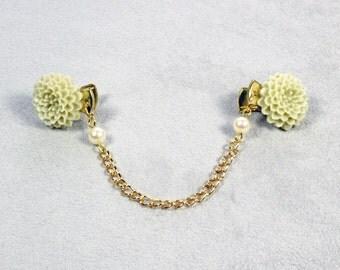 Gold Sweater Clip - Sweater Clip - Flower Sweater Clip - Cardigan Clip - Collar Clip