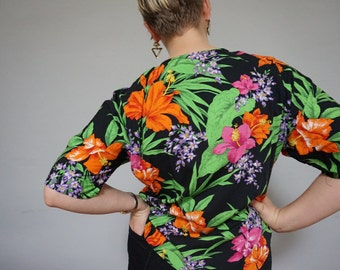 90s tropical bright colorful hibiscus leaf pattern botanical plus size extra large XL womens shirt top blouse black cotton orange hipster