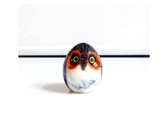 Vintage Stone Owl Figurine / Paperweight / Hand Carved Alabaster