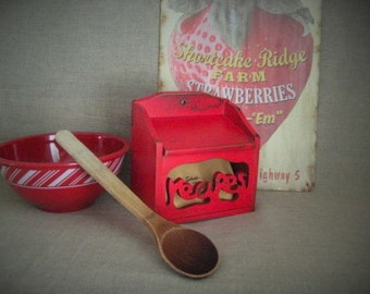 Shabby Red Wood Recipe Box / Upcycled Watermelon Red Recipe Box with Vintage Dividers
