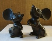 2 Vintage IRON ENAMEL Big Mice Figurines Cute Big Ears Cast Iron Mice Expressive Cast Iron Mouse Made In Japan Super Cute Large Iron Mouse