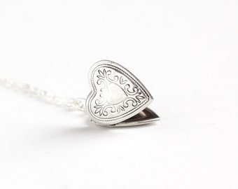 Vintage Sterling Silver Heart Locket Necklace - Retro 1970s Scrolling Vine Design Love Pendant Dainty Photo Keepsake Photograph Jewelry